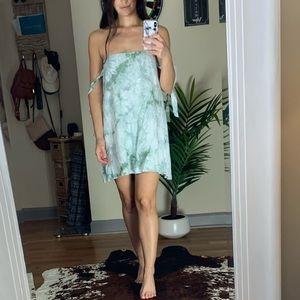 Tobi Tie Dye Green/White Flowy Summer Dress